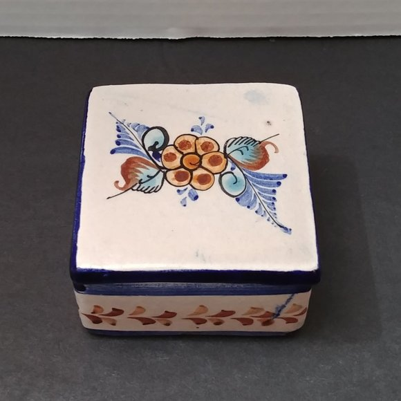 Other - Hand Painted Ceramic Trinket Box with Lid Signed